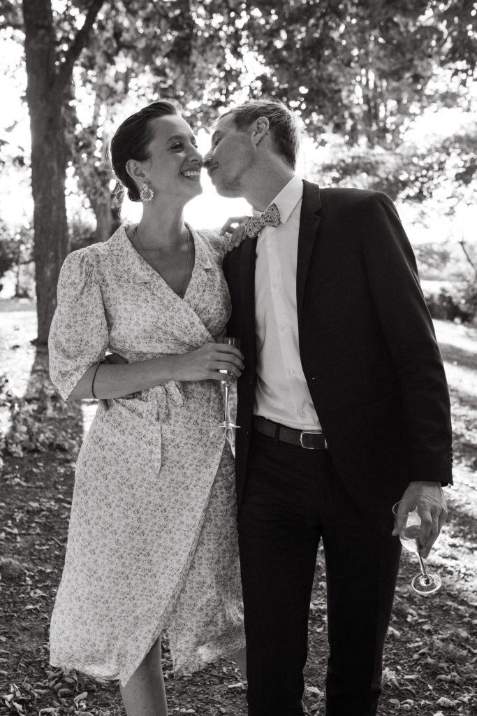 UTOPICLOVERS20200718 – MARIAGE Segolene Thomas 9997 683x1024 - Un mariage simple et joyeux au Manoir Tourieux dans le beaujolais.