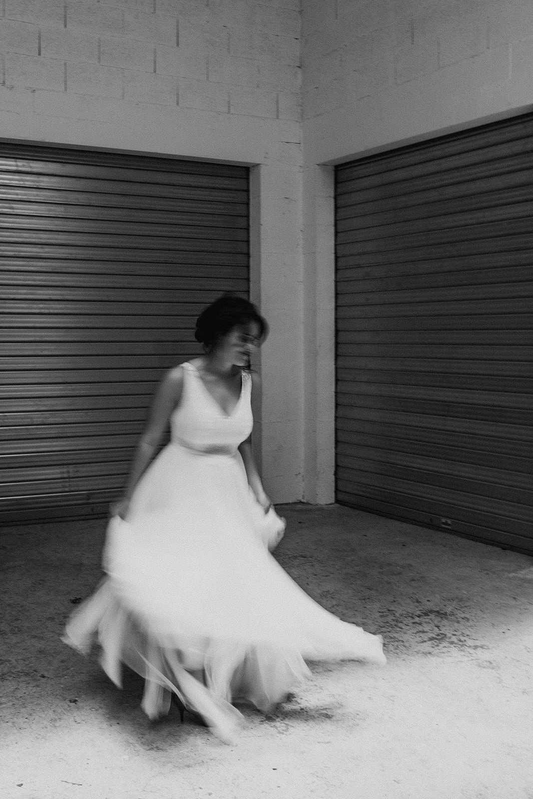 UTOPICLOVERS20200624 – Shooting editorial LAAM  2307 1 - Une love story moderne et urbaine pour la campagne 2020 de L' Amour, L'Amour, La Mode.
