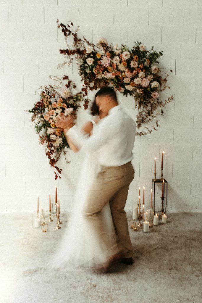 UTOPICLOVERS20200624 – Shooting editorial LAAM  2677 1 683x1024 - Une love story moderne et urbaine pour la campagne 2020 de L' Amour, L'Amour, La Mode.