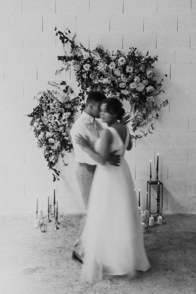 UTOPICLOVERS20200624 – Shooting editorial LAAM  2700 2 1 683x1024 - Une love story moderne et urbaine pour la campagne 2020 de L' Amour, L'Amour, La Mode.