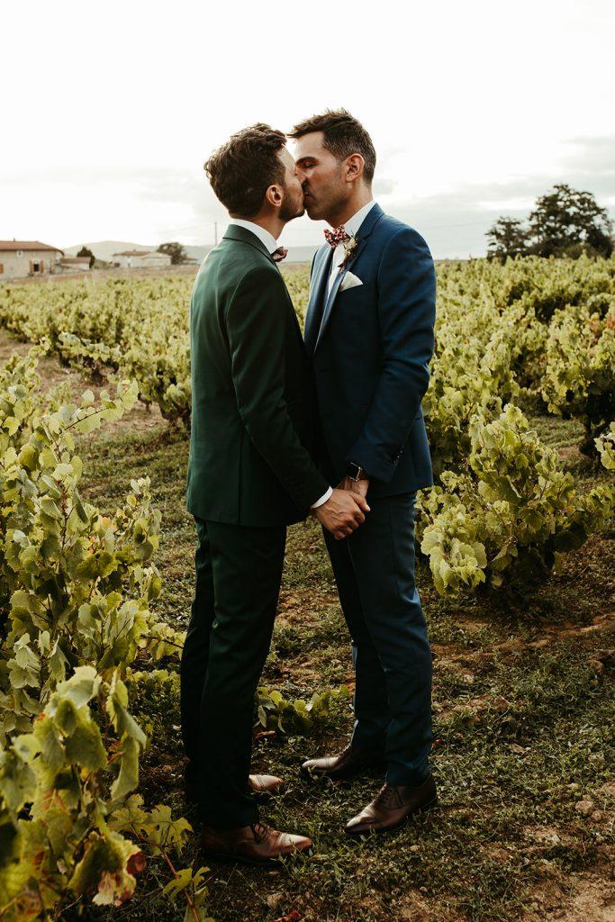 UTOPICLOVERS20200822 – MARIAGE JosGau 31087 1 683x1024 - Le mariage de Joseph et Gautier au château des Ravatys.