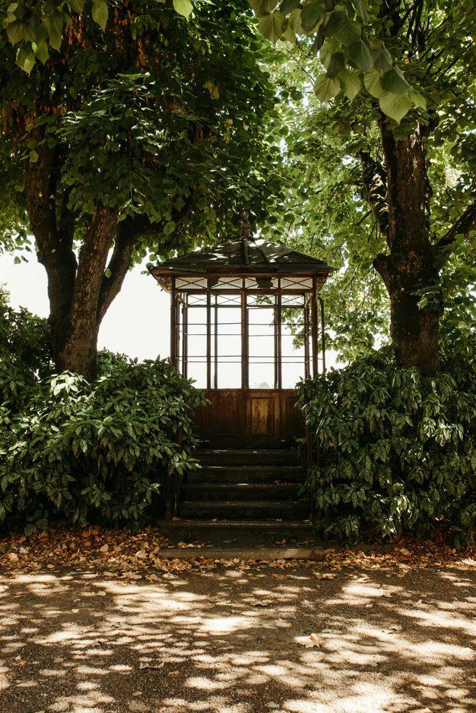 UTOPICLOVERS20200822 – MARIAGE JosGau 33371 4 683x1024 - Le mariage de Joseph et Gautier au château des Ravatys.