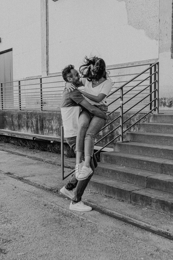 UTOPICLOVERS 2020 05 29 COUPLE NoeVin 14 683x1024 - Une séance couple urbaine à Lyon.