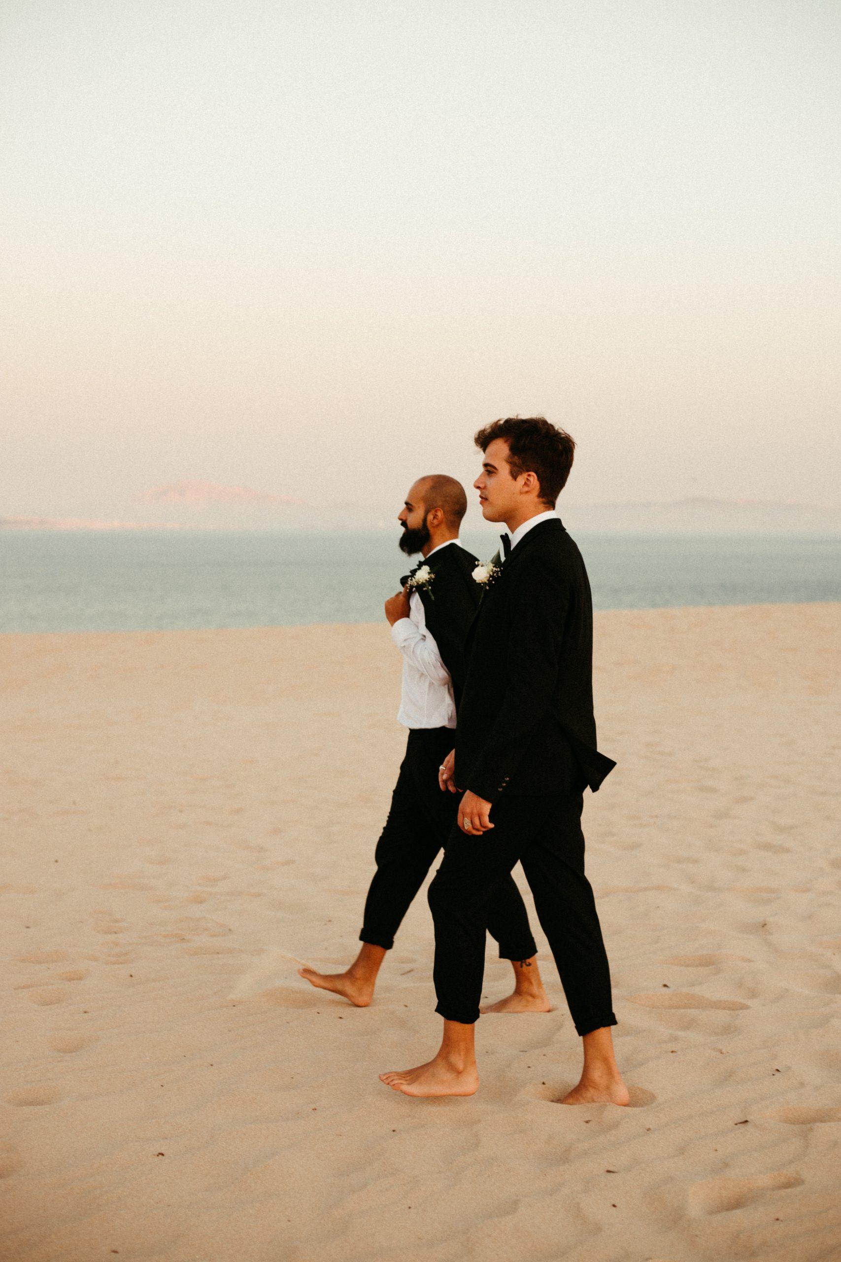 UtopicLovers film photo Mariage Elopement 2019 135 1 scaled - Se dire oui les pieds dans le sable en Andalousie.